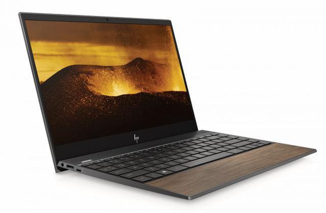 Laptopy z serii HP Envy otrzymają wykończenie z drewna
