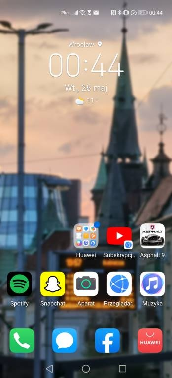 Pulpit Huawei P40 Pro z widżetem zegara
