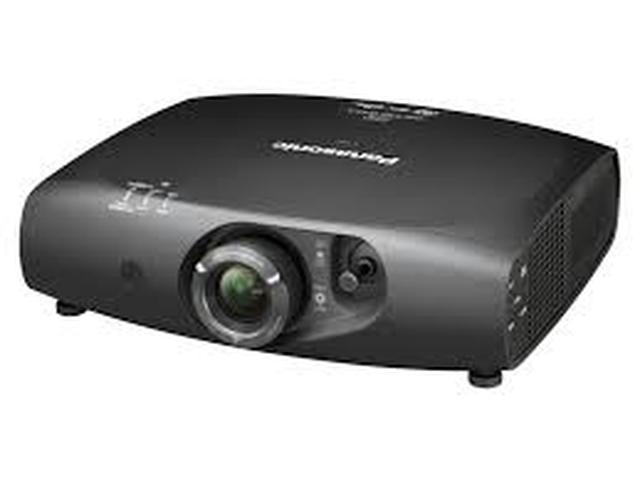 Panasonic PT-RZ470 - zawasnowany projektor z dobrą specyfikacją