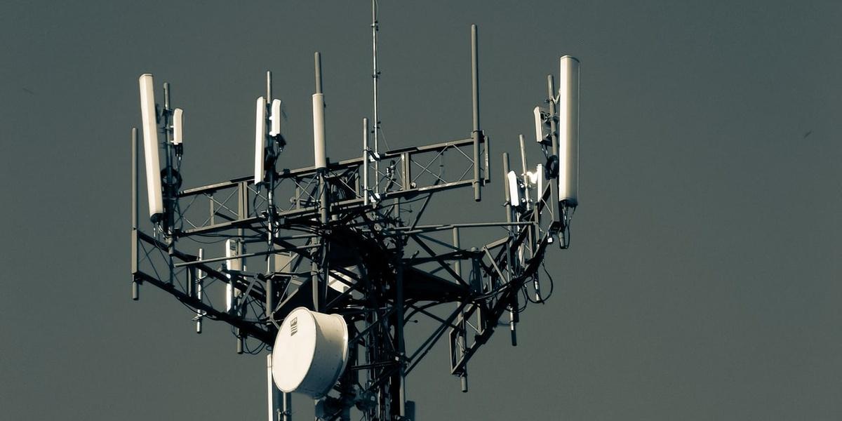 Anteny sieci 5G pojawią się nie tylko w dużych miastach