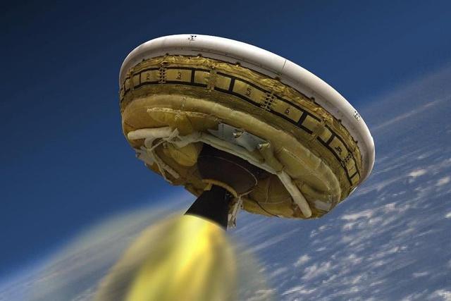 Ludzie wylądują na Marsie latającym spodkiem? NASA już go testuje