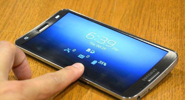 Samsung Galaxy Round fot3