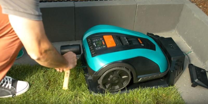Bosch Indego 350 tanio i solidnie wypielęgnuje trawnik