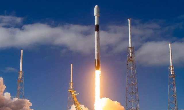 Starlink – Testy internetu z orbity Elona Muska