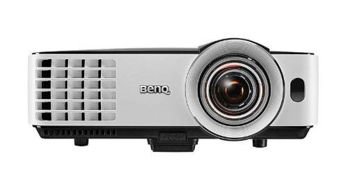 BenQ MX631ST na białym tle
