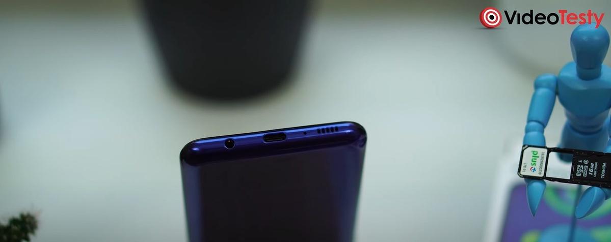Samsung Galaxy M21 posiada gniazdo słuchawkowe