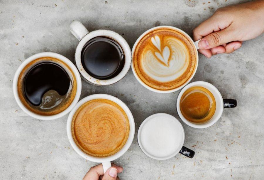różne rodzaje kaw ze wzorami