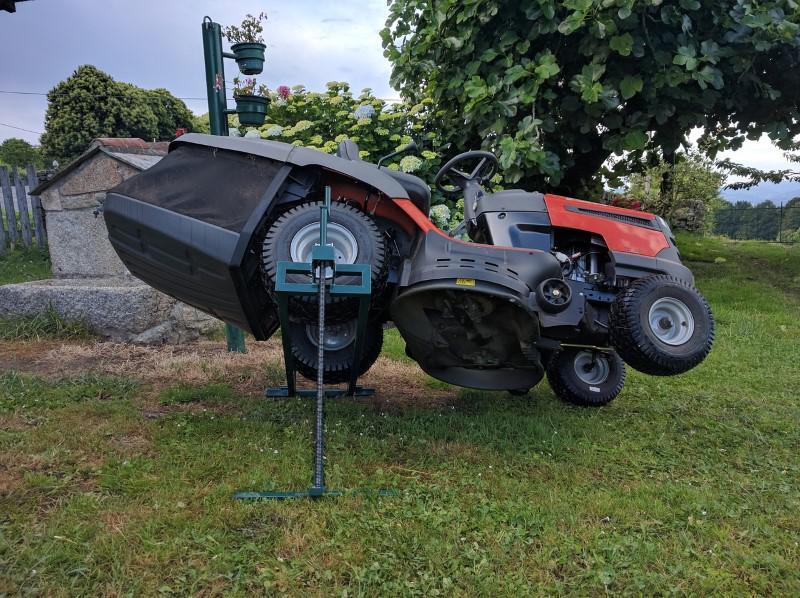 Serwisowany traktorek ogrodowy