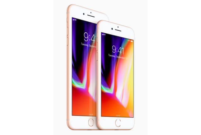 iPhone 8 - jeden z dwóch nowych modeli smartfonów Apple