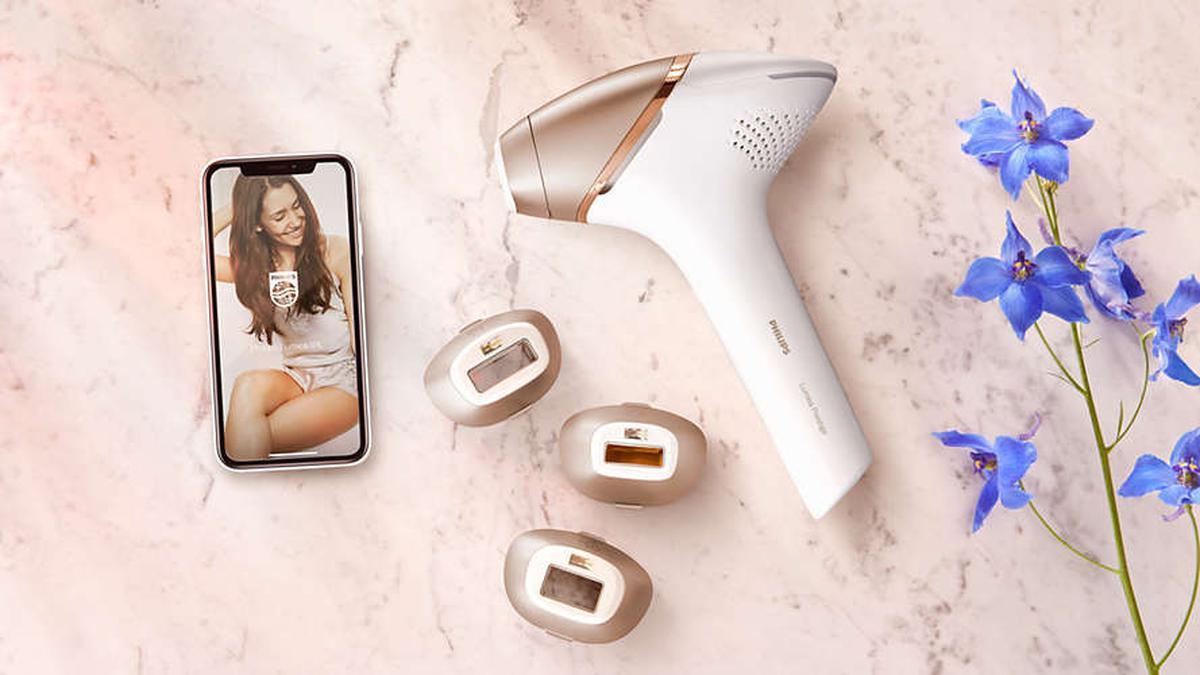 depilator z nasadkami i aplikacją mobilną