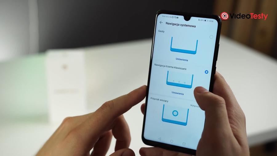 W Huaweiu P30 Lite powiadomienia są bardziej przystępne