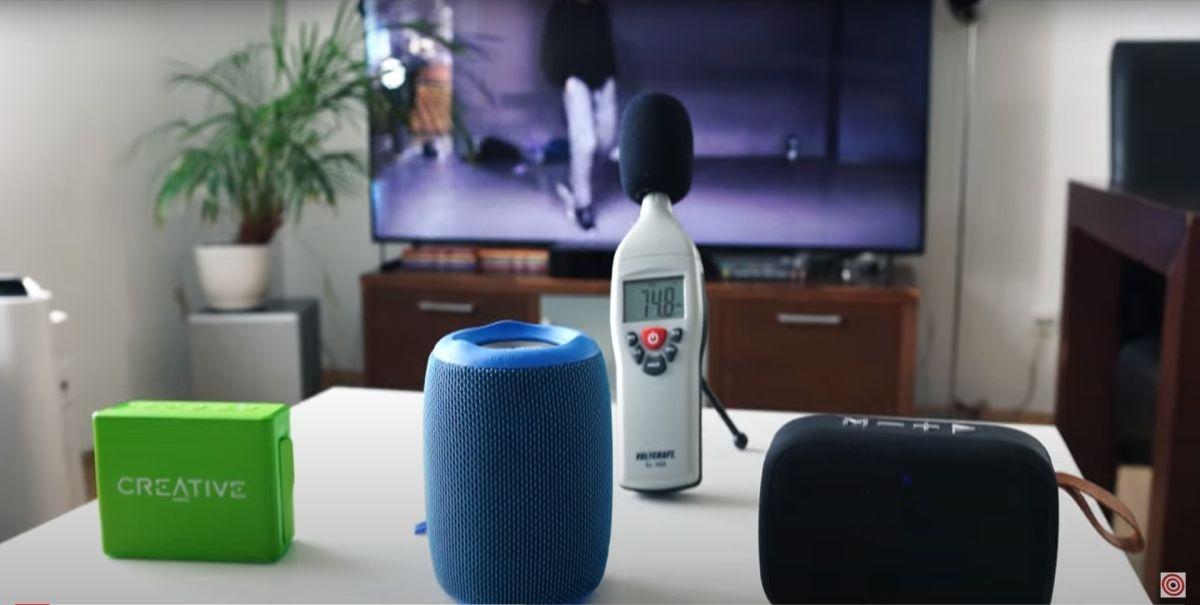 Screen z porównania głośników bezprzewodowych Bluetooth