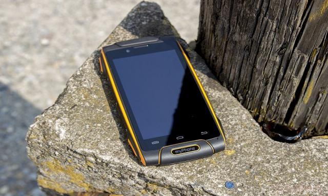myPhone Prezentuje Kolejnego Twardziela!