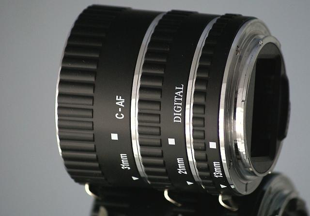 Stabilizator obrazu do aparatu