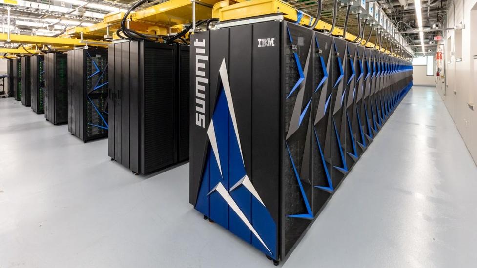 Superkomputer pomaga w walce z koronawirusem