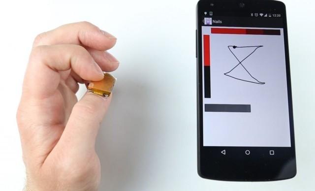 Sztuczny Paznokieć, Który Działa Jak Touchpad