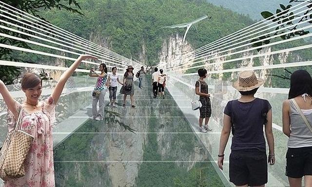Niesamowity Szklany Most Powstanie w Chinach