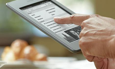 Amazon Kindle Touch 3G - czytnik e-booków z  WiFi