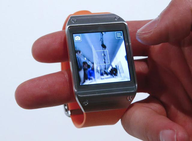 Samsung Galaxy Gear fot2