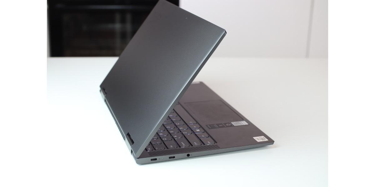 LENOVO YOGA C740 - USB-C
