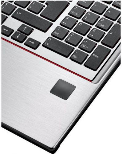Fujitsu Celsius H770/W10P/15,6 E3-1505M/16GB/256G+1TB