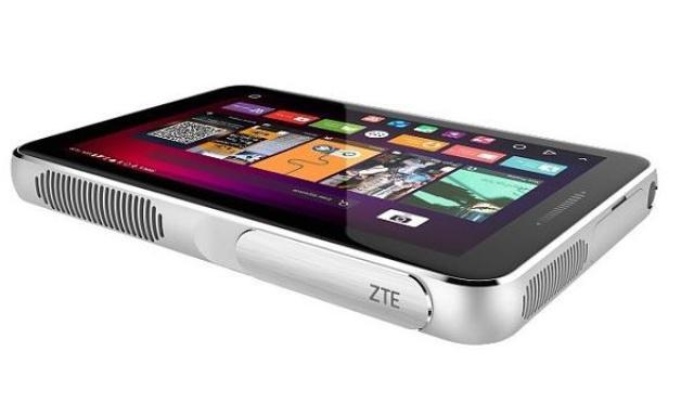 ZTE Spro Plus - Projektor z Wyświetlaczem Amoled