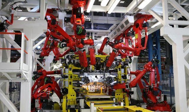 Niemieccy Pracownicy Drżą - Czy Zastąpią Ich Roboty?