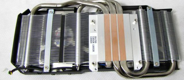 Asus GTX 770 DirectCU II fot6