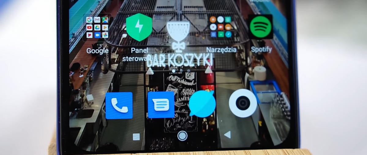 Na ekranie Redmi Note 8T nie da się zauważyć pojedynczych pikseli