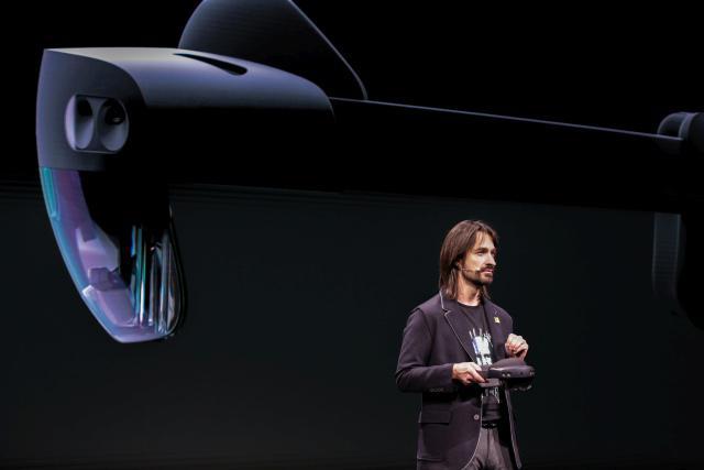 Hololens 2 pokazano w Barcelonie
