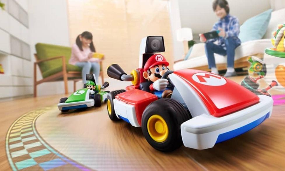 Zamień podłogę domu w wirtualną trasę wyścigową z Mario