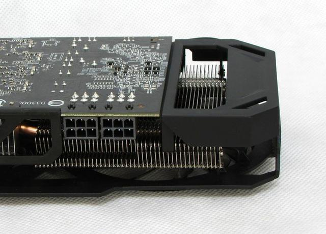 Gigabyte R9 270X fot10