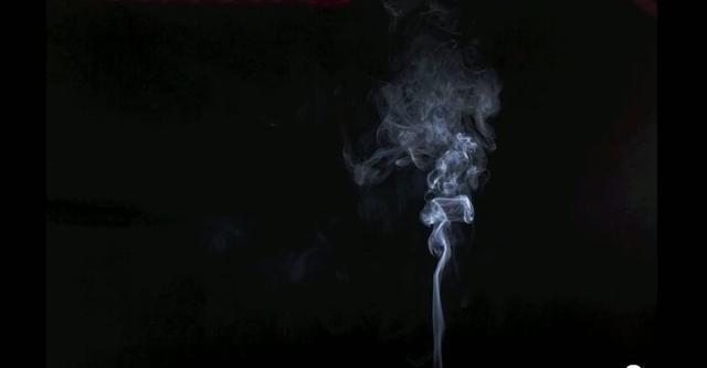 """""""Smoke Photography"""" czyli fotografia dymu"""