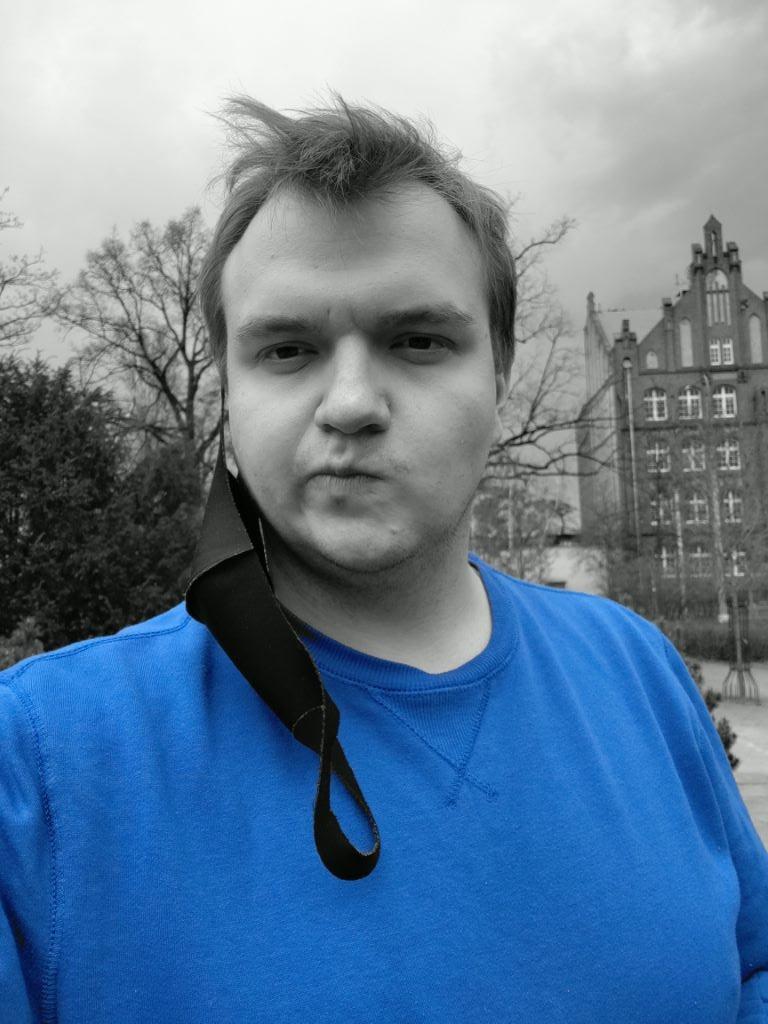 Tryb kolor spotowy z przedniego aparatu