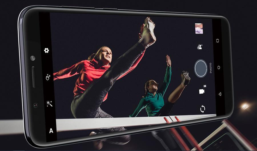 HTC oferuje dobre wykonanie, ale przeciętne aparaty
