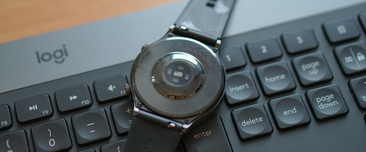 Huawei Watch GT2 Pro należy często przecierać