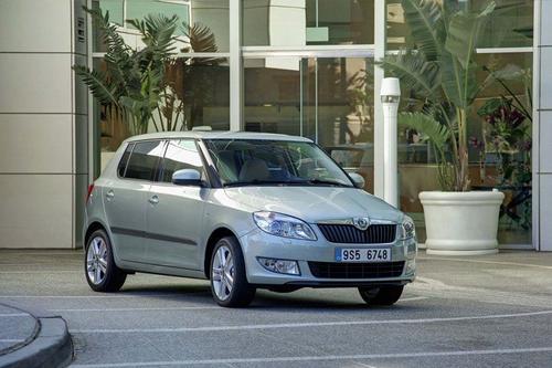 Skoda Fabia II Hatchback 1,2HTP (60KM) M5 FAMILY PLUS - model akcyjny 5d