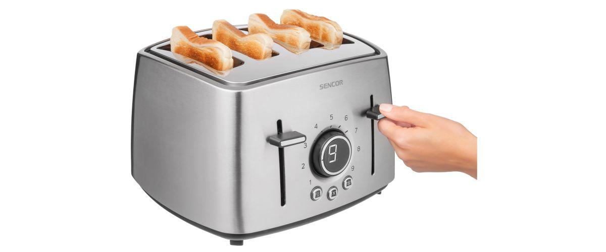 obsługiwanie tostera na 4 kanapki