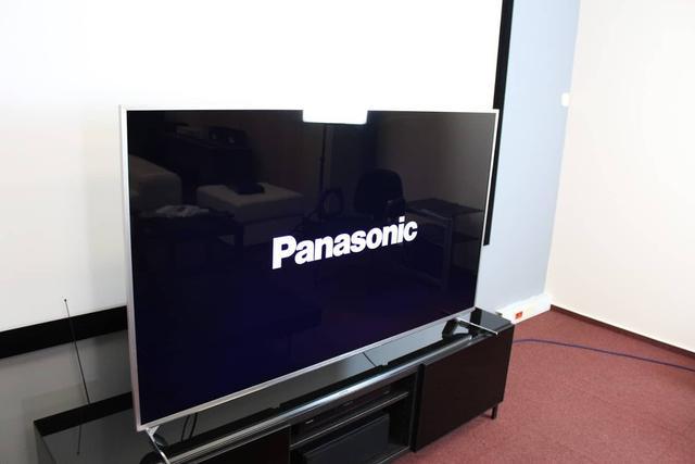 Wygląd - Panasonic TX-65EX700