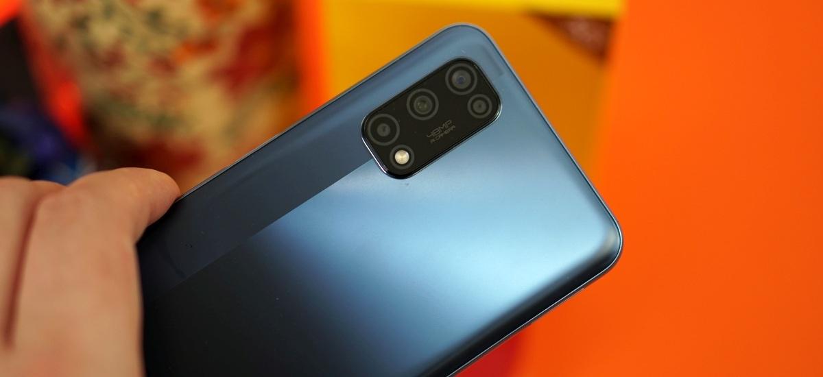realme 7 5G ma identyczną wyspę aparatów co w realme 7