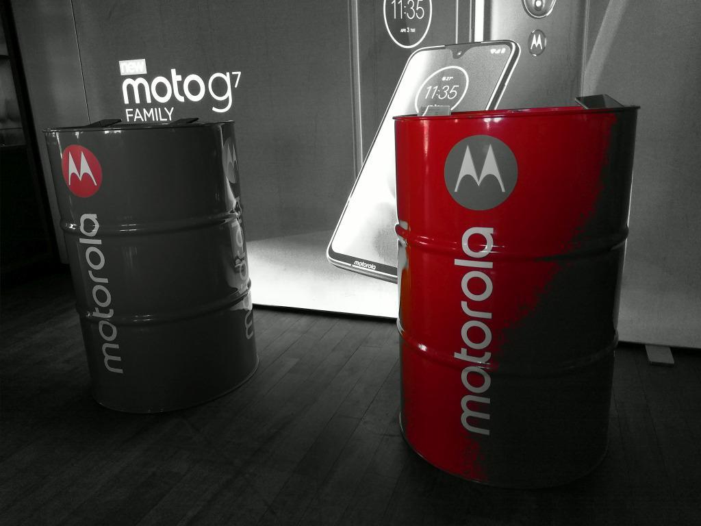 Moto G7 power zdjęcie kolorem spotowym