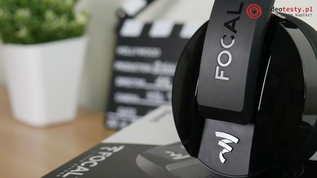 Focal Listen Wireless logo z boku słuchawek