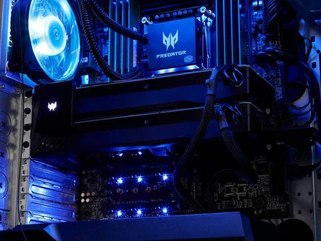Wnętrze komputera jest zdecydowanie atrakcyjne!