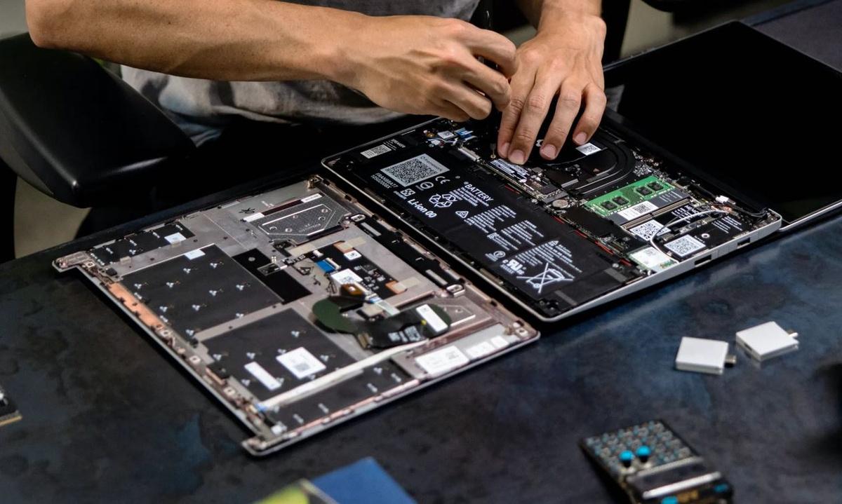laptopy Framework będą skąłdane przez producenta lub kupującego
