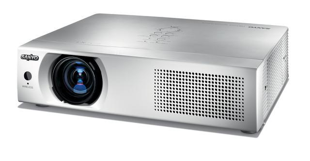 Sanyo PLC-XU116 – projektor do zadań specjalnych