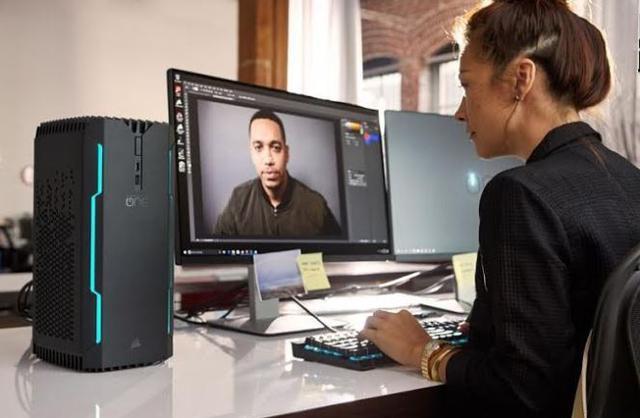 """Corsair ONE ELITE to, obok modelu PRO, najmocniejszy komputer """"Korsarzy""""."""