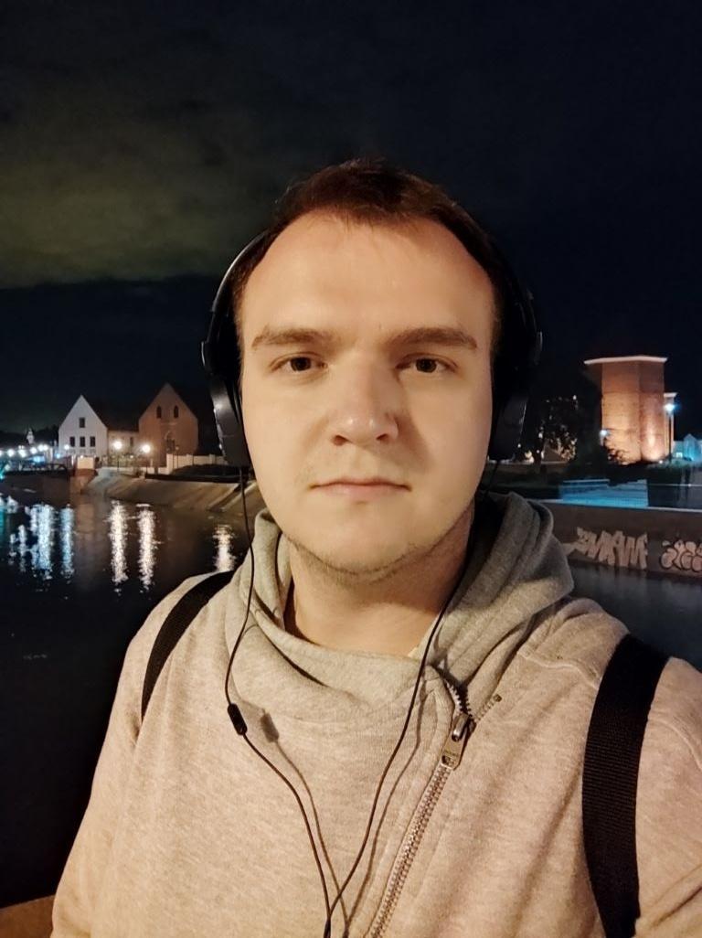 POCO X3 NFC - selfie nocą, tryb auto
