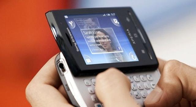 Sony Ericsson Xperia mini pro - mały, ale bardzo wydajny smartfon