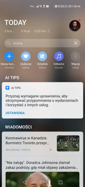 Asystent Huawei po lewej stronie pozwala przeczytwać wiadomości i uzyskać dostęp do skrótów