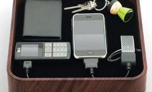 Bluelounge Sanctuary ciemne drewno (microUSB, miniUSB, USB, 30-PIN)